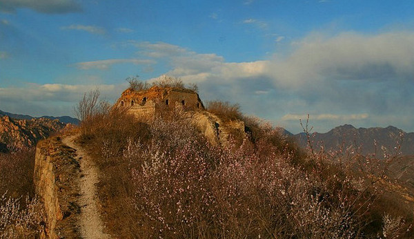 Longquanyu Spring Mountain Great Wall Hike 1day China