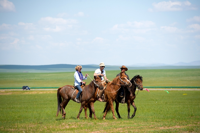 Travel Inner mongolia Grassland 4 days
