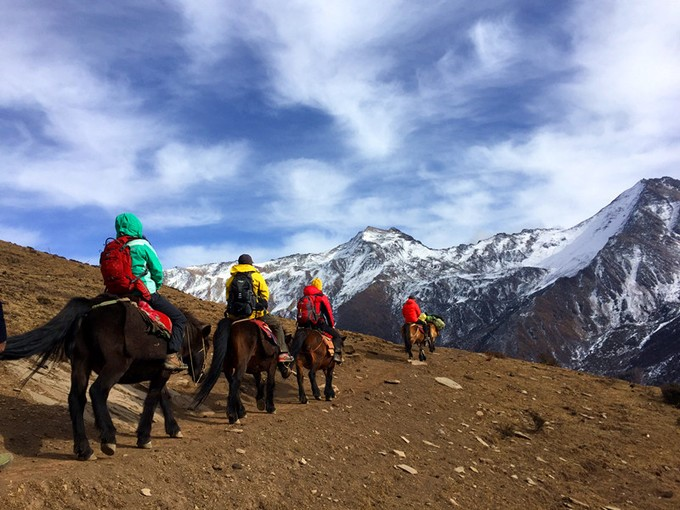 Not only offering hiking, but this trip offers you a chance to practice your horsemanship skills! Clients can ride horse to the base camps of each respective peak and after summit of Peak Two and Peak Three we will provide a horse for you to ride back to Siguniang town at no additional cost.